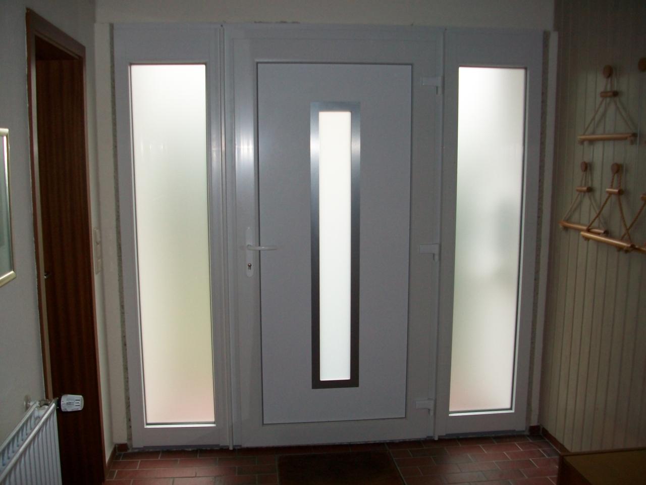 Haustür glas satiniert  Haustüren aus Kunststoff